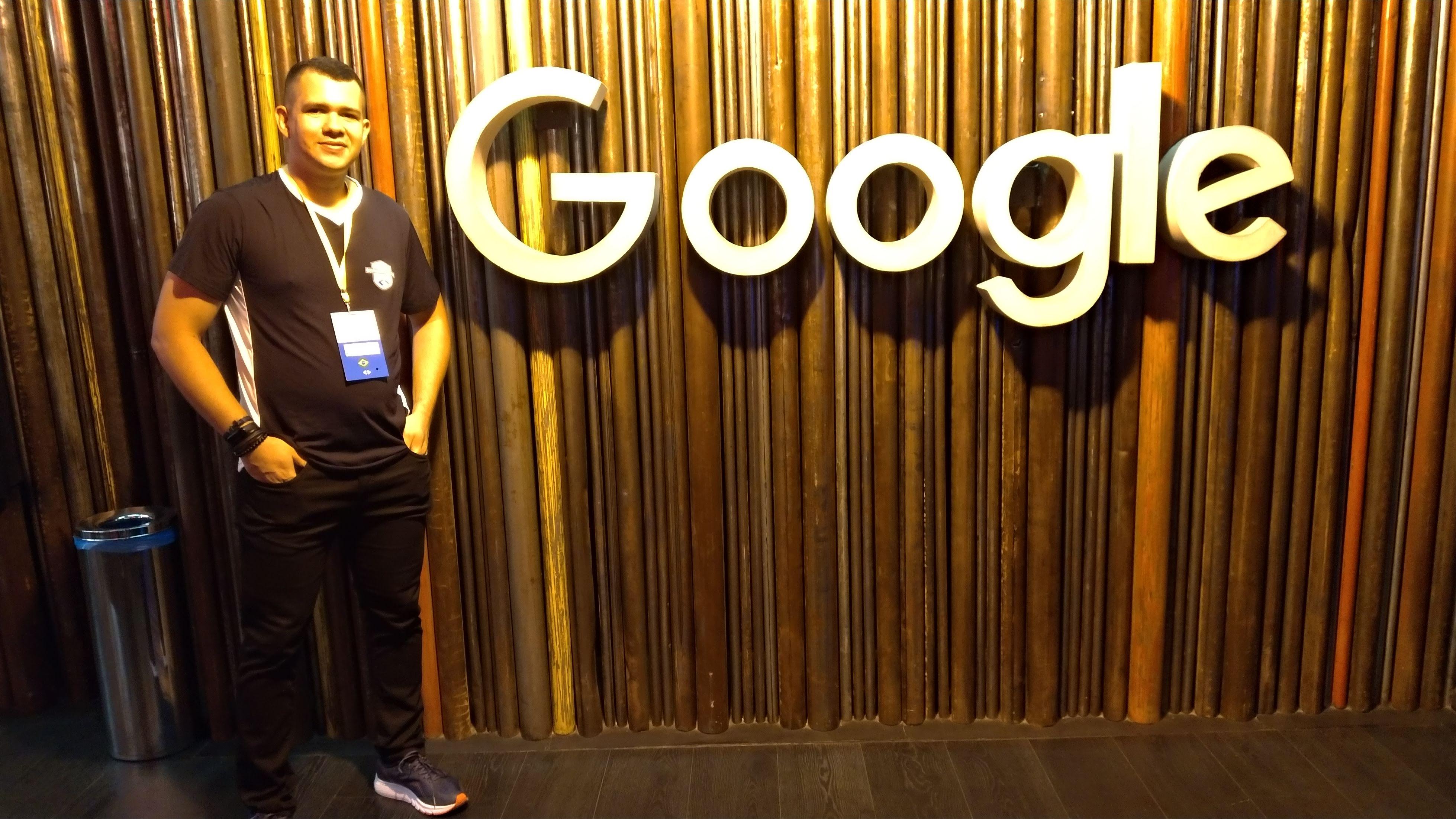 Professor e Diretor Acadêmico da FACET participa de treinamento no Google